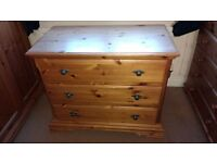 CHEST OF DRAWERS : PINE ALL WOOD