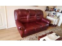 Italian Leather Sofa | 3 seater sofa & armchair | Excellent condition | Suite