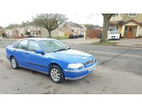 VOLVO S40 AUTOMATIC,LONG MOT, VERY LOW MILEAGE, VERY GOOD DRIVE, HPI CLEAR,4 GOOD TYER,FULL SERVICE