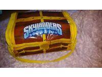 Skylanders treasure box bag for figures