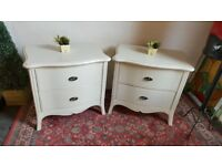 matching pair of bedside drawers, top quality Winsor Furniture AS NEW