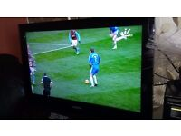 SAMSUNG 32 INCHES HD READY WITH REMOTE