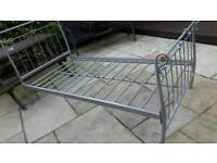 Bed frame metal single