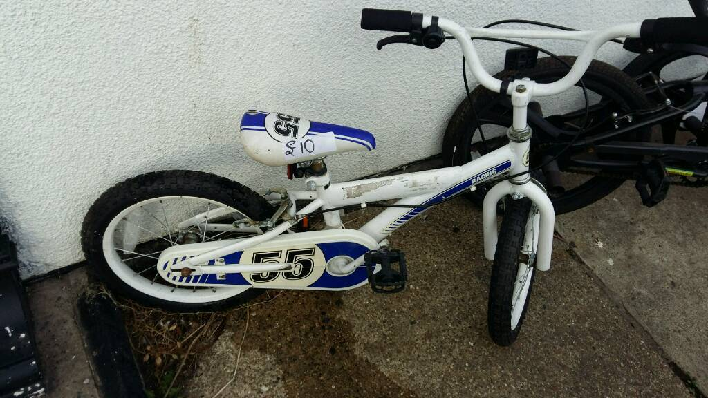 "Pushbikes forsalein Great Yarmouth, NorfolkGumtree - The prices are White kids 16 inch wheel £10White zink bmx 20"" wheel £20Black zink bmx 20"" wheel ( new bike ) £25Red bmx £10 Mountain bike £10 No holds no offers First come first served basis Collection only Great yarmouth Southtown Please text..."
