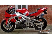 YAMAHA YZF R1. 2001 MINE FROM NEW