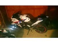 Swaps why 125 only 2012 Honda Cbr 125 r, signed by guy Martin