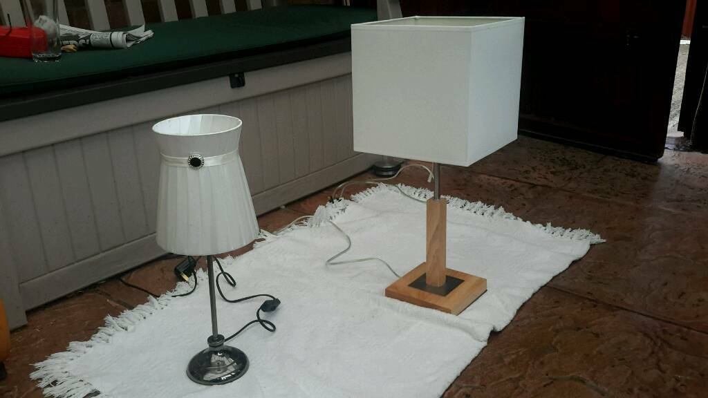 2x table lamps, both in good condition .