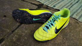Nike mens firm ground/astroturf trainers UK size 6