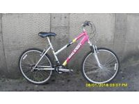 LADIES RALEIGH 18sp FRONT SUSPENTION MOUNTAIN BIKE 17in FRAME 26in WHEELS EVERYTHING WORKING