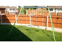 KIDSACTIVE DOUBLE SWING WITH STABILITY BARS GOOD CONDITION FREE LOCAL DELIVERY