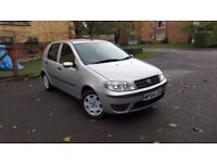 FULLY AUTOMATIC, ULTRA LOW MILEAGE, FULL YEAR'S MOT, KEYFOB, NEW TYRES