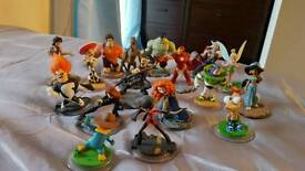 Ps4 Disney infinity 2.0 with extras