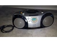 PHILIPS AZ2000 CD RADIO CASSETTE PLAYER WITH 2 X BASS AND SURROUND