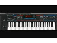Roland Juno Di keyboard/synthesiser