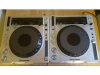 Pioneer cdj800 mk2 cd decks