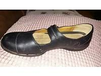 Ladies Clarks Black Shoes Size 8