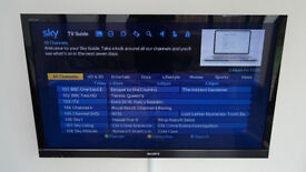 """Sony Bravia 46"""" TV KDL-46HX803, 3D With Original Remote, Faulty, 4 red flashes"""
