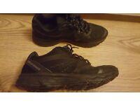 Karrimor Tempo 5 Black Running Shoes size 6.5