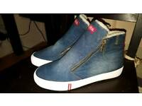 Brand new denim boots fur lined size 6