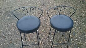 PAIR HIGH BAR STOOLS
