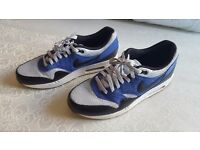 Mens Nike Air Max. Size 10.