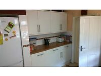 Friendly Quiet House in Town Centre. Bills Included