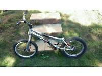 Monty trials bike magura hydraulic plus spares