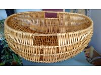 """Second hand Wicker Oval washing carrying basket - 24"""" x 17.5"""" x 10"""""""