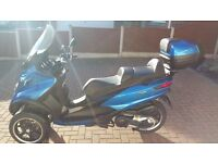 Piaggio mp3 500 Lt Sport 3 wheel scooter 500cc LOW MILES 4,500 only ! Ride On Car License