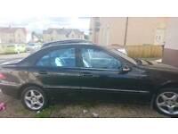 Mercedes C220 cdti AVANTAGDE SE A 2003