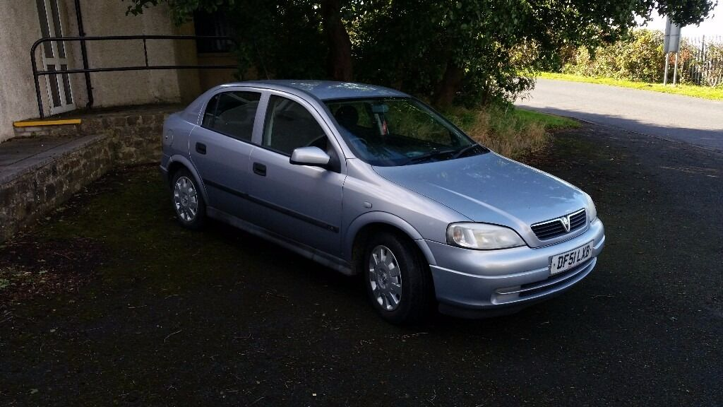 Vauxhall astra 1.6 automatic 5 door hatchback mot February next year tidy condition