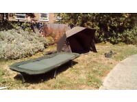 Wychwood HD MHR 50 inch compact brolly & As new Taska sleepeze bedchair