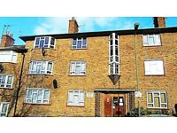 3 bedroom flat in Longberrys, Cricklewood Lane,, Cricklewood