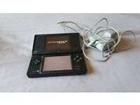 Nintendo dsi with game,stylus and charger black