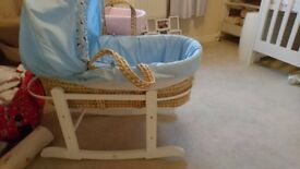 Boys mosses basket and stand