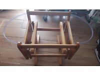 Moses Apple and Pear Baby Basket and Gliding Stand