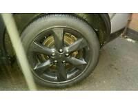 17 inch Black alloy wheels good tyres