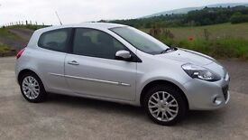 2011 renault clio dynamique tom tom 1.2 polo fiesta corsa coupe a4 golf leon mini 207 focus