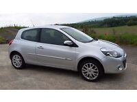 2011 renault clio dynamique tom tom 1.2 polo fiesta corsa clio a4 golf leon mini 207 focus