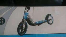 Avigo scooter Street star B205