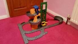 Thomas the tank engine take n play set