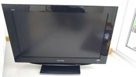 "Panasonic 32""led tv as new condition"