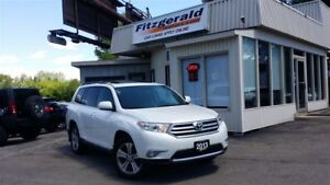 2013 Toyota Highlander V6 - 7 PASS! LEATHER! BACK-UP CAM!