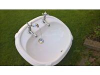 vanity cloakroom basin / sink