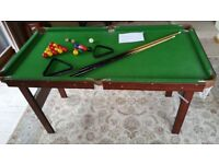 "4'6"" Snooker and pool table with 2 cues and triangles folding legs good condition"