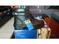 Millstone Challenger Safety Boots size 10