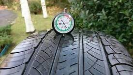 Michelin Latitude Tour HP Tyres 255 55 R19 111V for Discovery 3 (2of2)