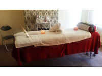 UNIQUE HOLISTICS - Massage specialist (Swedish, Aroma, Bamboo, Lava shell, Indian Head),Reflexology