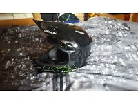 mtb dh full face helmet ( month old )
