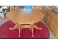 Solid oak round dining table